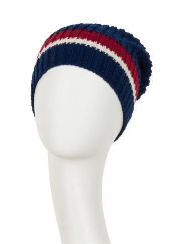 Ebba • V hat - Strik